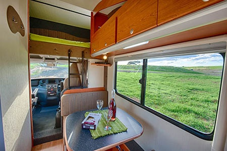 Interior view - Bobo Campers, Discoverer 6