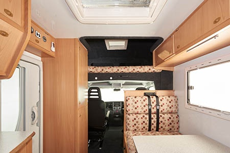 Interior view - Maui, 6-Berth Camper