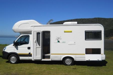 Aussenansicht Maui 6-Bett Camper