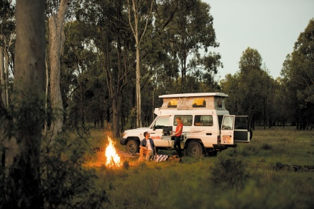 Exterior view - Apollo Motorhome Holidays, 4WD Trailfinder Camper