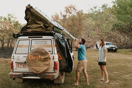 Exterior view - Britz, 4WD Safari Landcruiser