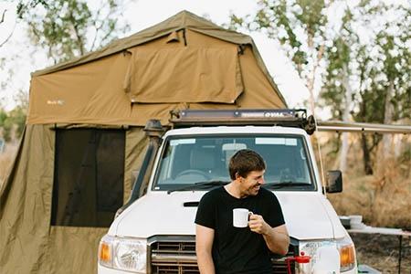 Aussenansicht Britz 4WD Safari Landcruiser