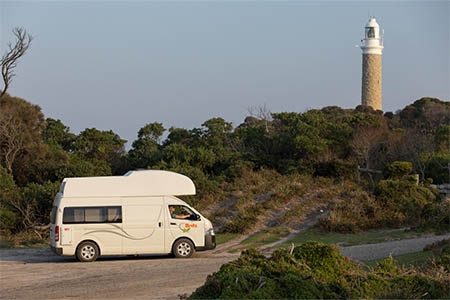 Exterior view - Britz, Voyager Camper