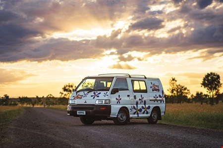 Exterior view - Hippie Camper, Hippie Drift