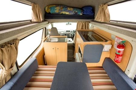 Interior view - Hippie Camper, Hippie Hitop