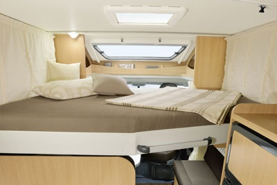 bed in roof canopy