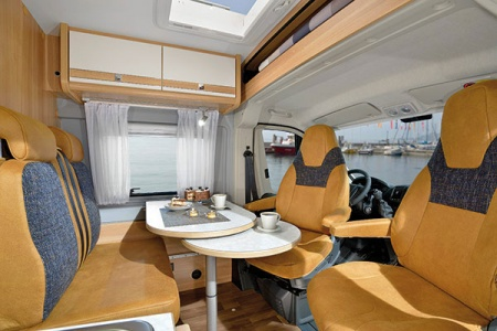 Interior view - McRent, Compact Standard