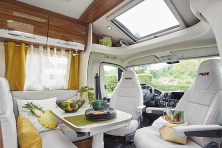 Interior view - Avis Car-Away, Comfort B 4-Berth