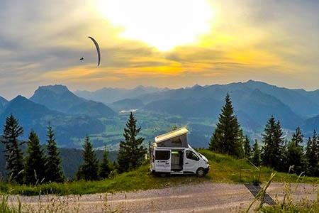 Aussenansicht Avis Car-Away Combi Van