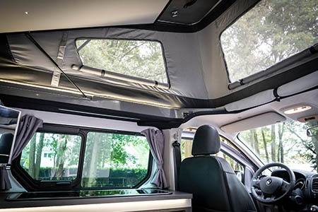 Interior view - Avis Car-Away, Combi Van