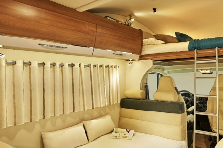 Interior view - Avis Car-Away, Classic C 6-Berth
