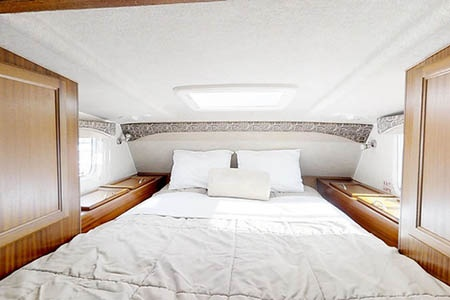 Interior view - CanaDream, Maxi Travel Camper TC-A