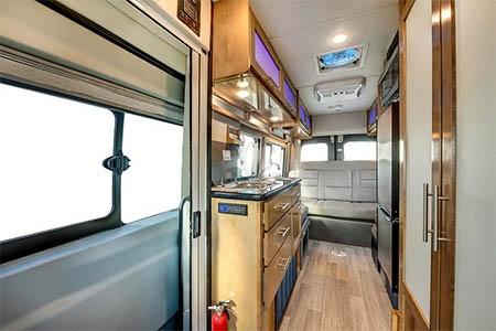 Interior view - CanaDream, Deluxe Van Camper DVC