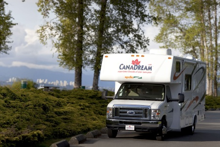 Exterior view - CanaDream, Midi Motorhome MH-B