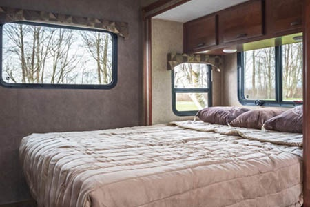Interior view - CanaDream, Super Van Camper SVC