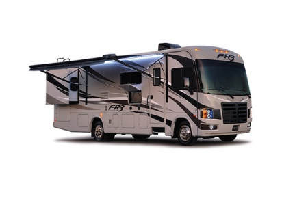 Aussenansicht Fraserway RV Rentals A-Luxury