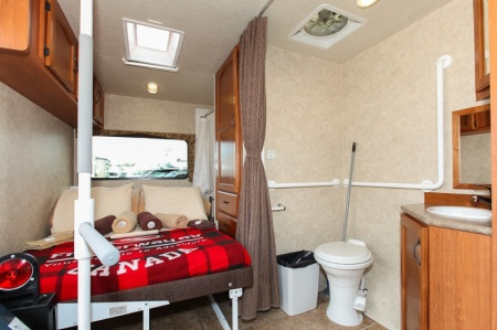 Interior view - Fraserway RV Rentals, MH27SW