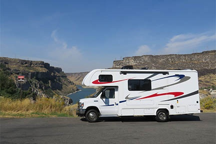 Exterior view - Westcoast Mountain Campers, Midi Motorhome MH-B