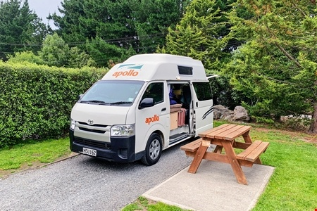 Exterior view - Apollo Motorhome Holidays, Endeavour Camper