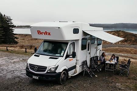 Exterior view - Britz, Frontier Motorhome