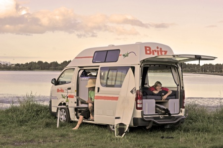 Aussenansicht Britz Hitop Camper