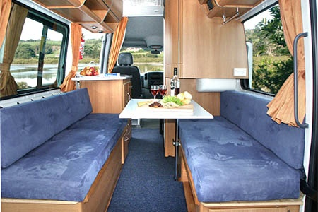 Interior view - Mighty Campers, Deuce