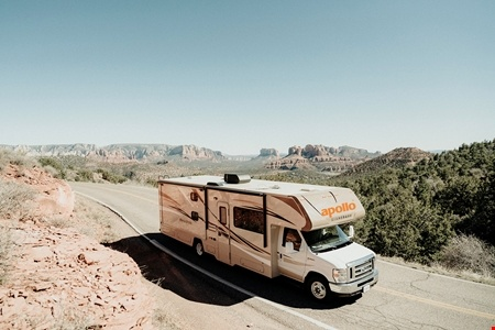 Aussenansicht Apollo Motorhome Holidays US Wanderer