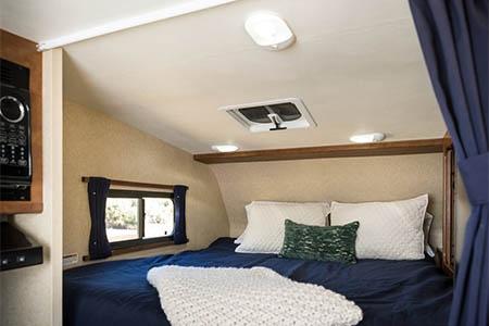 Innenansicht Cruise Canada T17 Truck Camper
