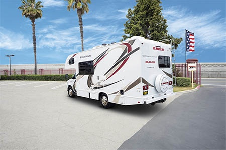 Aussenansicht El Monte RV Rentals C22
