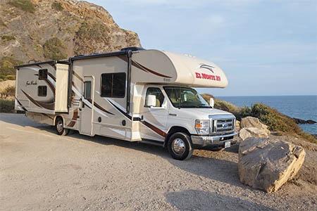 Aussenansicht El Monte RV Rentals FS31