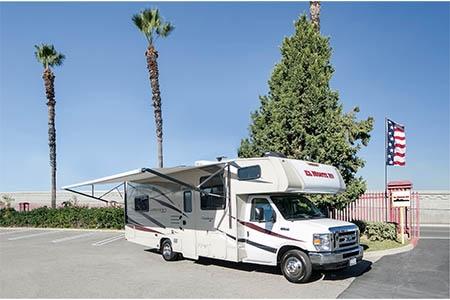 Aussenansicht El Monte RV Rentals C28