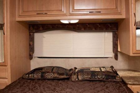 fixes Doppelbett hinten