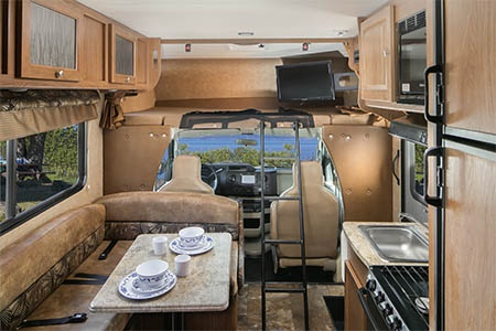 Interior view - Mighty Campers, M22