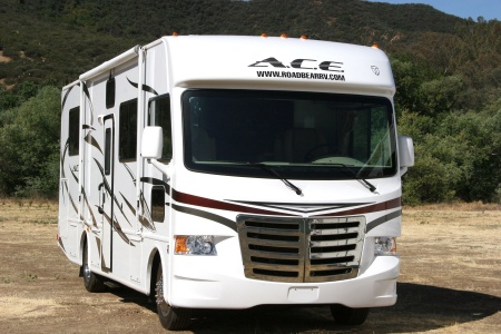 Exterior view - Road Bear RV, A29-32S