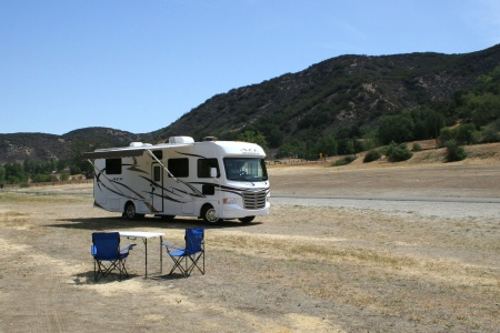 Exterior view - Road Bear RV, A30-32S