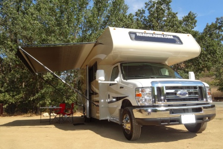 Exterior view - Road Bear RV, C27-30S