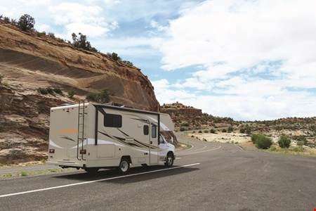 Exterior view - Star RV, Taurus C22-25
